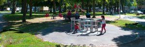 Drehkarussell Jülicher Spielplatz am Schloßplatz